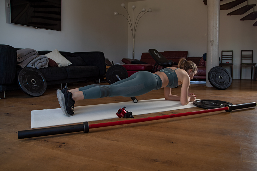 Core-Übung: Plank, Unterarmstütz